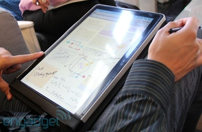 Kno single-screen tablet textbook hands-on: all the power in half the size