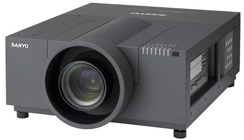 Sanyo's PLC-XF71 projector packs 10,000 lumens for extreme brightness