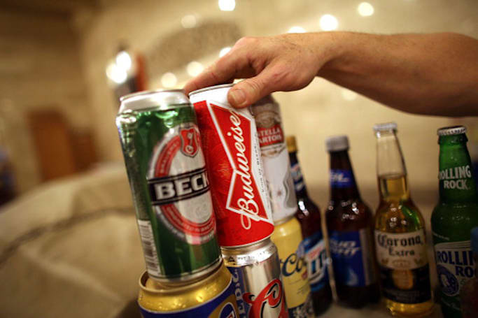 Researchers teach a computer to predict teen binge drinkers
