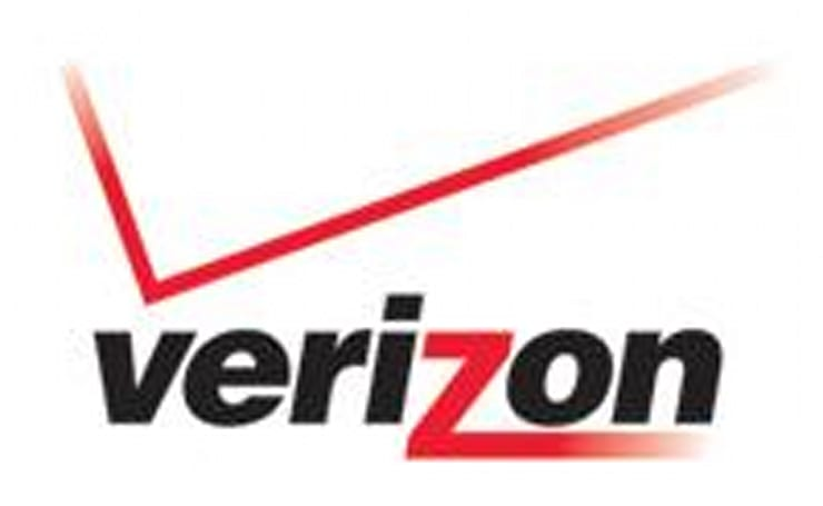 Verizon prepping iPhone killers from Motorola and LG?