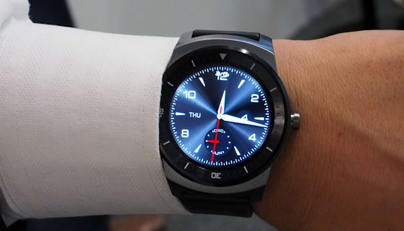 A closer look at LG's circular G Watch R (hands-on)