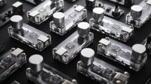 フォトショでブラシサイズを変えるのが面倒... を解決するノブ型デバイスが出資募集中『BrushKnob』
