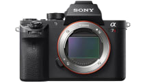 Sony's A7R II full-frame camera has it all, for a price