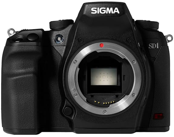Sigma SD1 has a 15.3MP sensor, weather-sealed magnesium alloy body, and no video mode at all (update: eyes-on!)