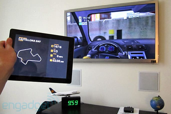 Real Racing 2 HD wireless, dual-screen gaming with iOS 5 on iPad 2 hands-on (video)