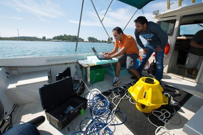 Researchers looking to submerge WiFi, drive demand for Google SnorkBooks