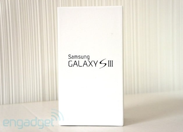 Engadget Giveaway: win a Samsung Galaxy S III (I9300), courtesy of Bubbly!