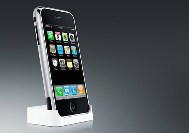 One of the iPhone's original interface designers is leaving Apple