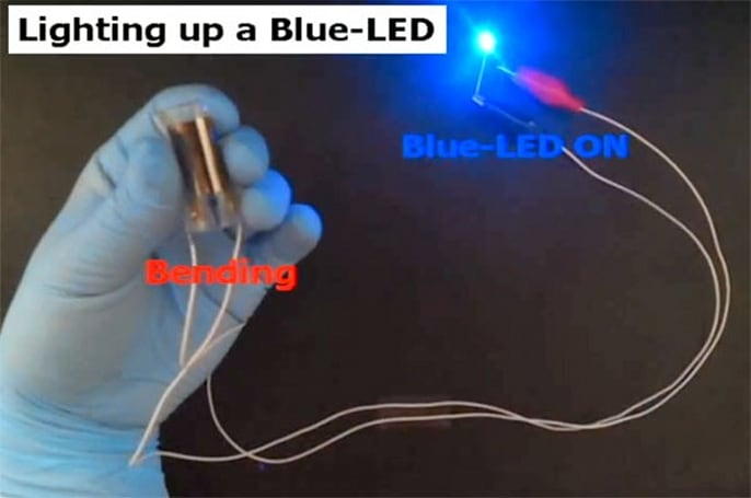 Korean scientists solve flexible battery riddle (video)