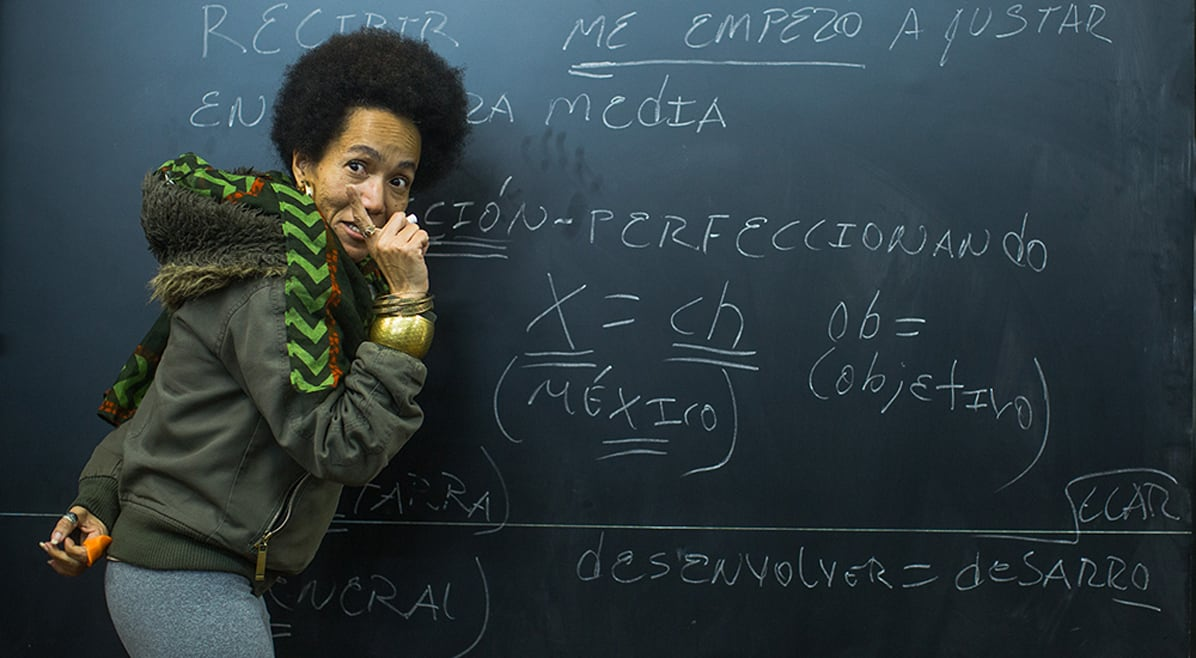 Raiva é 'evidente' em tempos de crise no Brasil, diz cubana