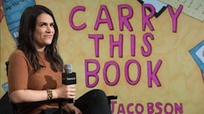 """Abbi Jacobson Talks About What She Put In Beyoncé's Bag In """"Carry This Book"""""""