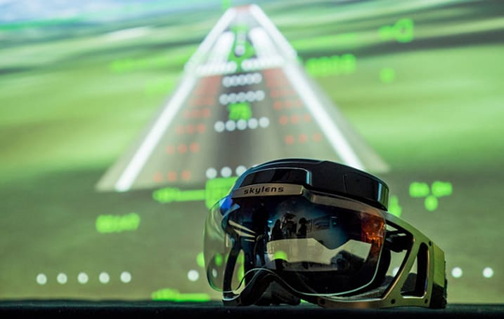 Skylens heads-up display helps pilots 'see' through the fog