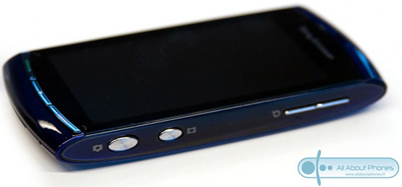 Sony Ericsson Vivaz shows up in multicolored Dutch hands-on (Update: video!)
