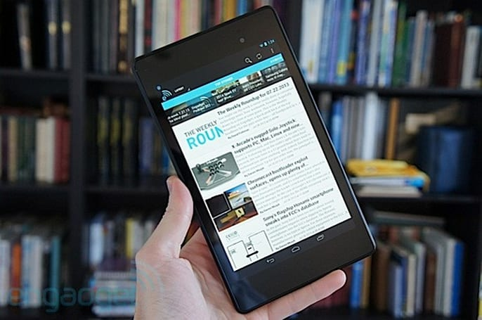 Engadget Giveaway: win a new Nexus 7, courtesy of CSR Racing!