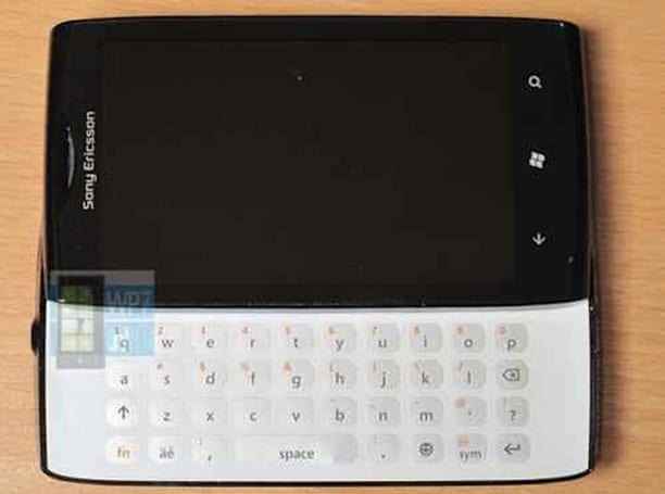 Sony Ericsson Windows Phone prototype hits eBay, reminds us sliders existed