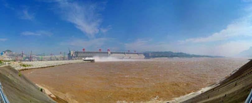 China kicks Three Gorges Dam turbine generator into motion