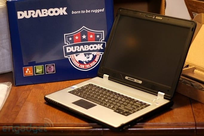 Durabook's D15RP semi-rugged laptop unboxing and hands-on