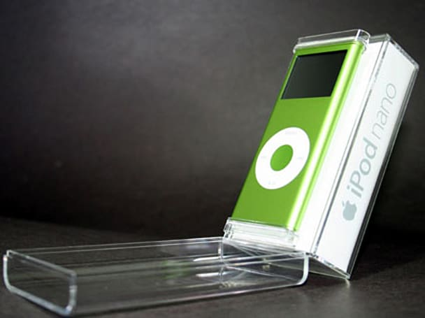 Unboxing the 2G iPod nano