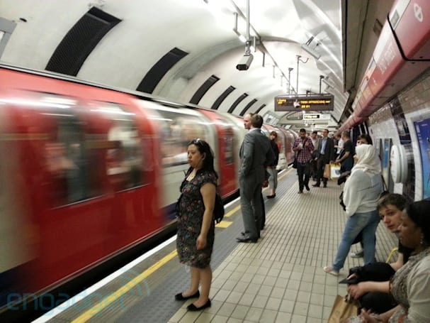 Virgin Media activates more tube WiFi hotspots, minds the gaps in its coverage