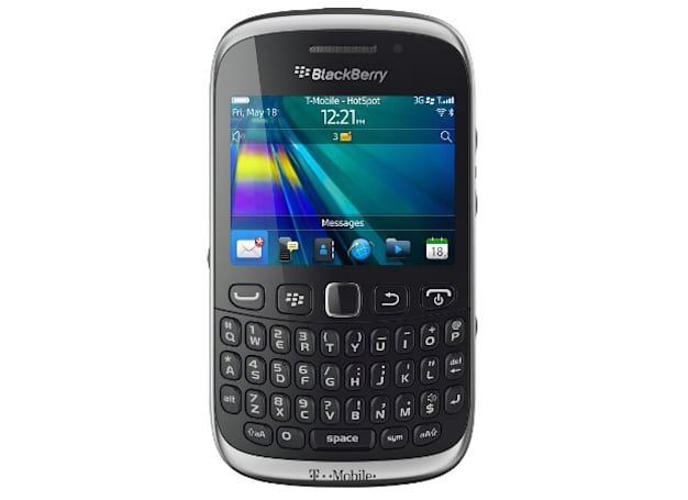T-Mobile launches Curve  9315, BlackBerry 7 still alive and kicking