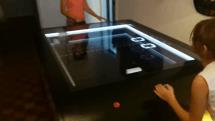 オールドゲーム『PONG』現実化プロジェクトがプレイできる試作品を完成。事業化目指し生産パートナーを募集中