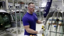 Volkswagen is issuing AR glasses as standard factory equipment