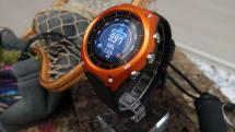 Casio 的第一隻智慧型手錶是個超巨大的 G-Shock