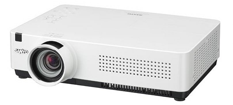 Sanyo goes wireless with new line of projectors