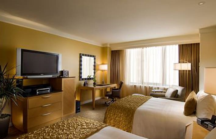 Internet-based / HDTV content to hit hotels big in 2009