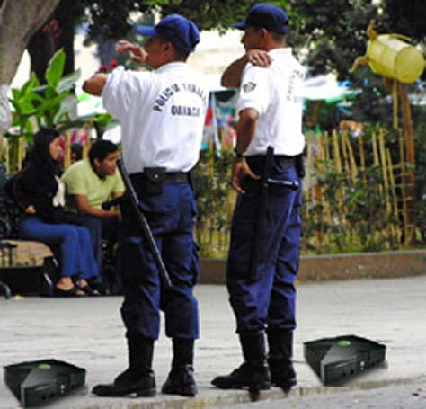 Mexican government swapping Xbox / PC for gang's weaponry