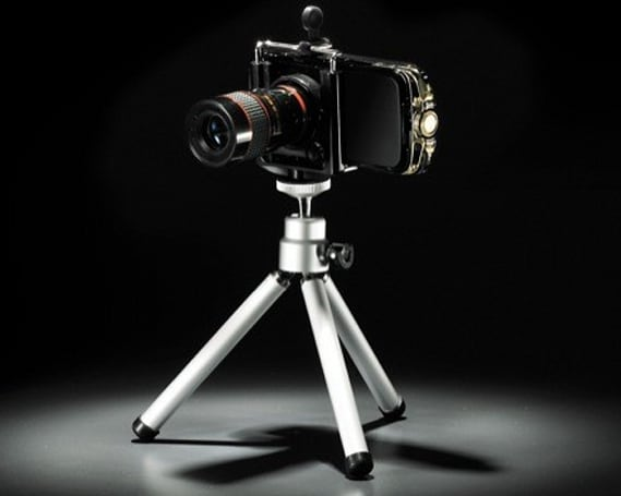 Greenhouse's absurd 8x optical zoom kit for cameraphones