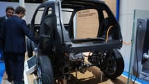 BMW i3 sheds its skin, shows off carbon skeleton