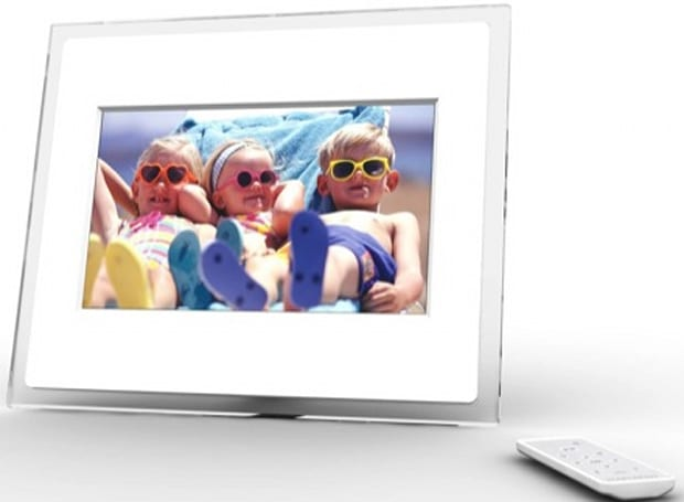 A Living Picture's Momento WiFi photo frames with SideShow