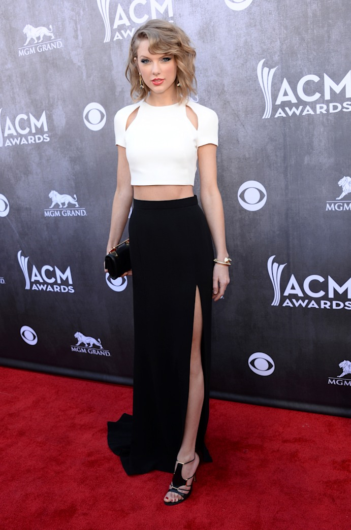 Top 9 at 9: Taylor Swift stuns at the ACMs, a royally adorable Prince & more