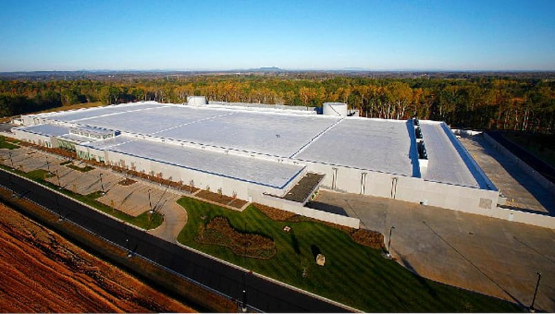 Apple's 2012 environmental report reveals giant solar array
