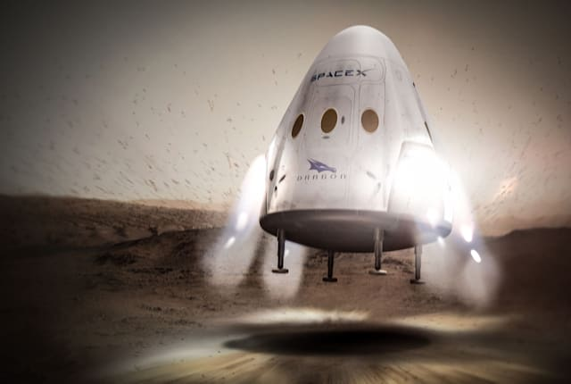 SpaceX、2018年の火星探査計画を2年延期。「ロケット開発、クルー育成にさらなる集中を擁する」