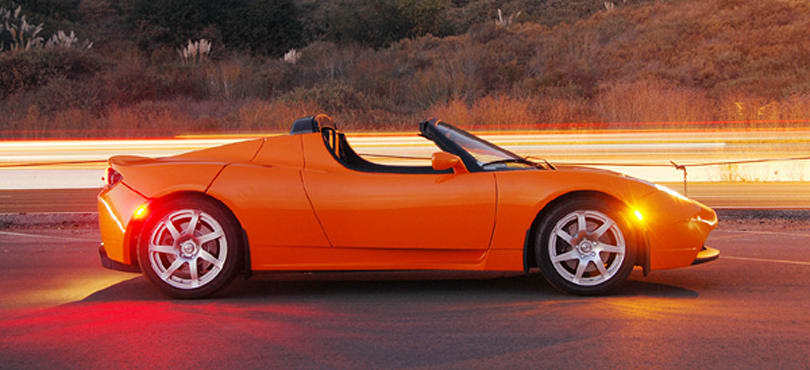 Production Tesla Roadster gets glorious hands-on: stifle your envy, please