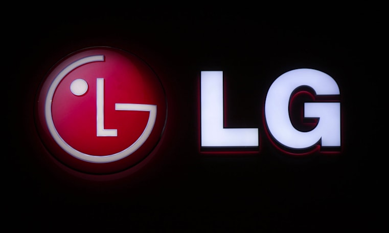 Live from LG's CES 2016 press conference!