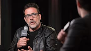 Jeffrey Dean Morgan Interacts With The Audience About The Season Six Cliffhanger Of