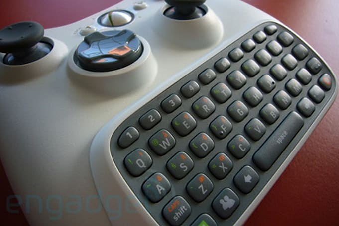 Xbox 360 Chatpad and headset hands-on, impressions