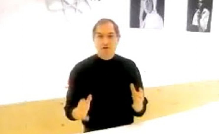 Nostalgia: Steve Jobs tours the first Apple Store at Macworld 2001 (video)