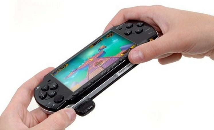 TiltFX from Codejunkies makes a PSP respond to your every move (video)