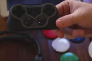 SteelSeries Free Mobile Gaming Controller Hands-on