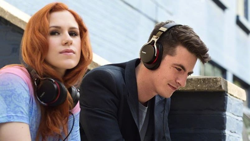 Sony unveils NFC-capable MDR-1 headphones at IFA 2012
