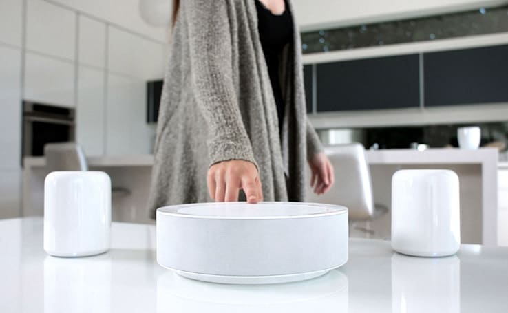 HiddenHUB speaker scans the room to produce the best sound