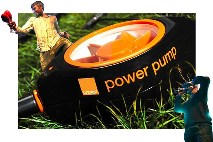 Orange's pump charger puts your two left feet to good use