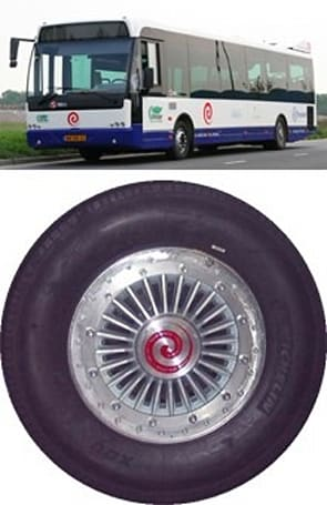 E-Traction's in-wheel motor sportin' hybrid electric bus