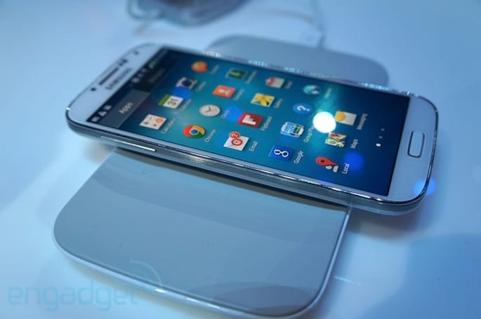 Samsung Galaxy S 4 wireless charging pad and S Health scale hands-on