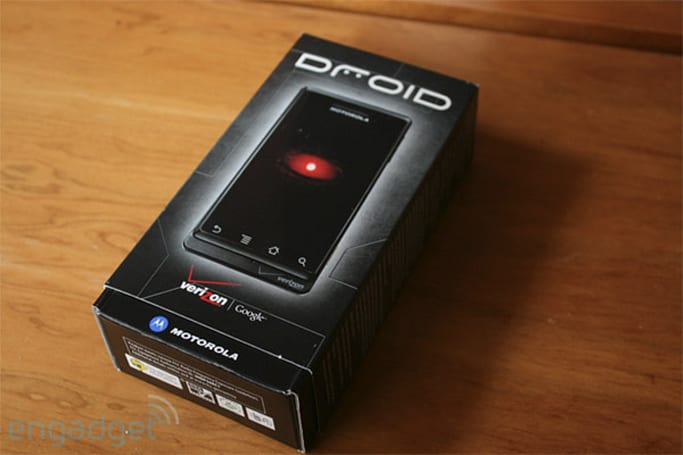Verizon announces early store openings for DROID launch
