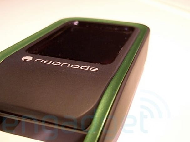 Hands-on with the 3G Neonode N2.5... yes, N2.5